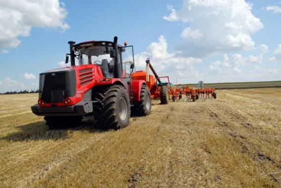 НаАлтае необходимо каждый год обновлять сельхозтехнику на10 млрд руб.