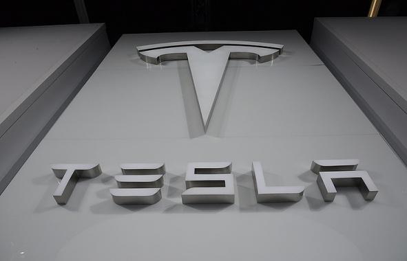 Стоимость акций Tesla увеличилась дорекордного максимума
