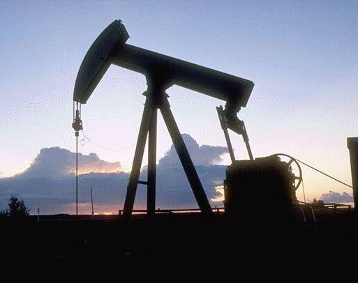 Цена нанефть вконце рабочей недели увеличилась, заапрель снизилась