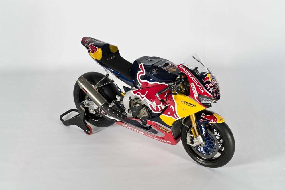 Презентация команды Red Bull Honda: Honda CBR1000RR SP2 2017, Никки Хейден и Штефан Брадль