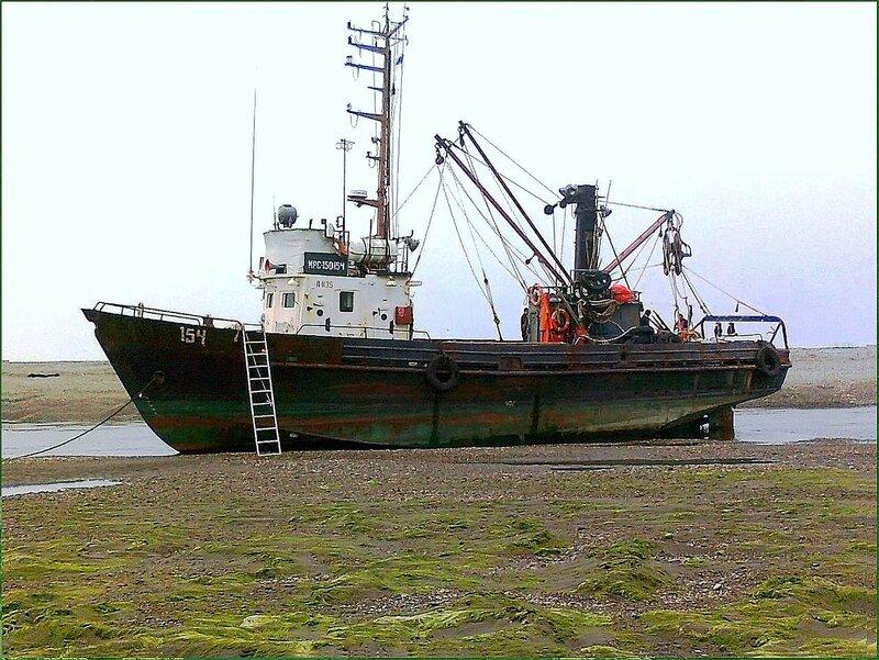 Корабль и берег ... .jpg