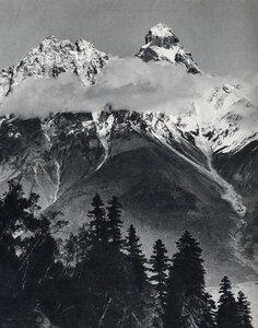 Ушба. 4710 м.