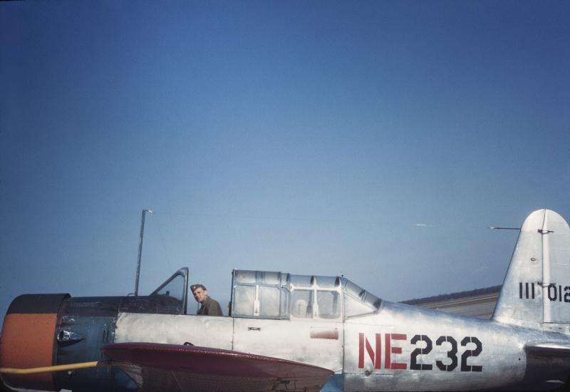 samolet_vultee_pilot_kurkpatrick_1944_usa.2lp1t72po7uoow0ck0s8gg8w4.ejcuplo1l0oo0sk8c40s8osc4.th.jpeg