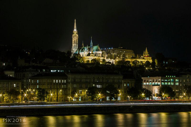 night_budapest-9.jpg