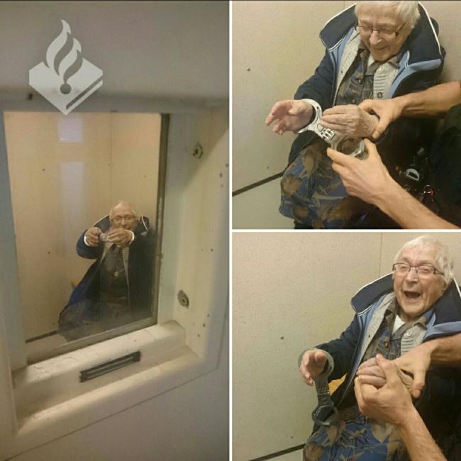 © Politie Nijmegen-Zuid / facebook.com  Полиция Нидерландов вшутку арестовала бабушку— наце