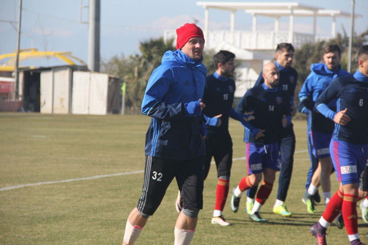 Селезнев дебютировал вофициальном матче за«Карабюкспор»— Украинцы вТурции