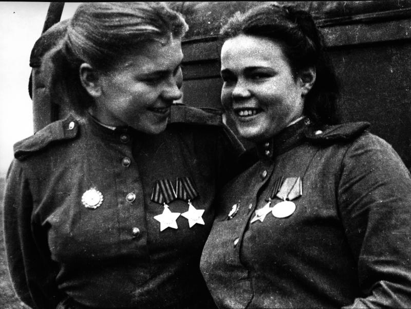 Cнайперы 159-й стрелковой дивизии Р. Шанина и Е. Красноборова. 44.jpg