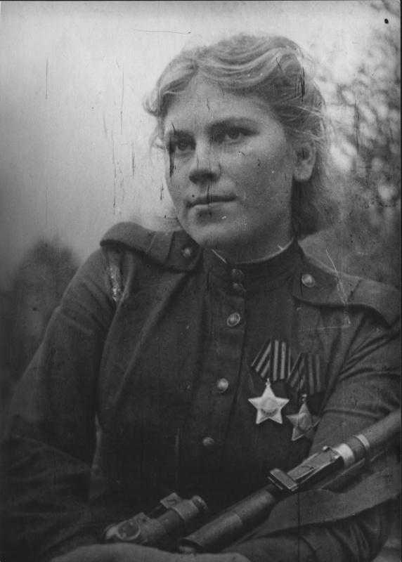 Снайпер Роза Шанина в деревне Столяришки. Литва. 44.jpg