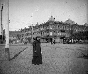 Перекресток Екатерининского проспекта и Широкой улицы