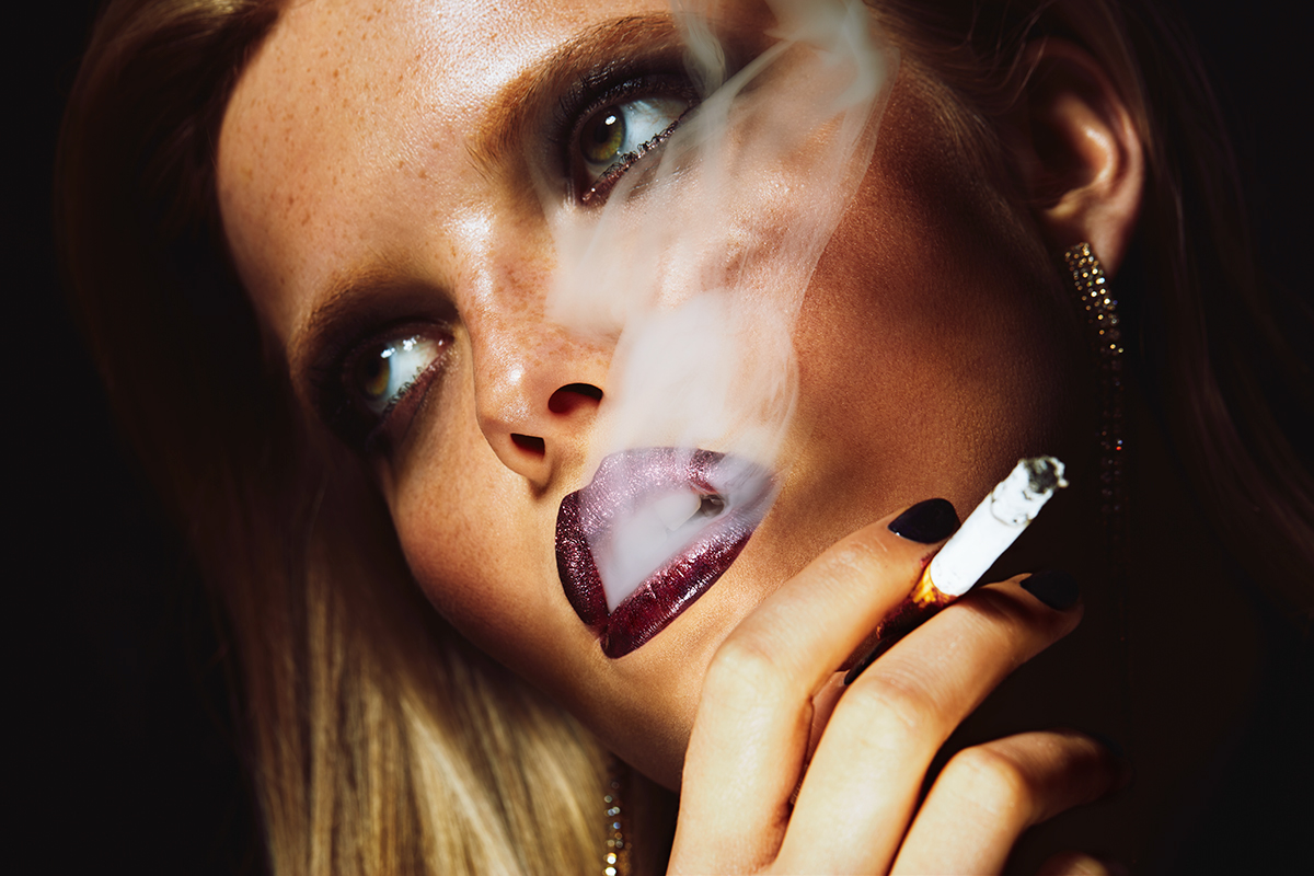 Lips & Smoke for Schön! Magazine / Anna Wolkaniec