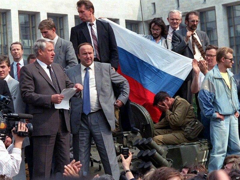 Самые известные сбывшиеся пророчества: от распада России до социальных сетей