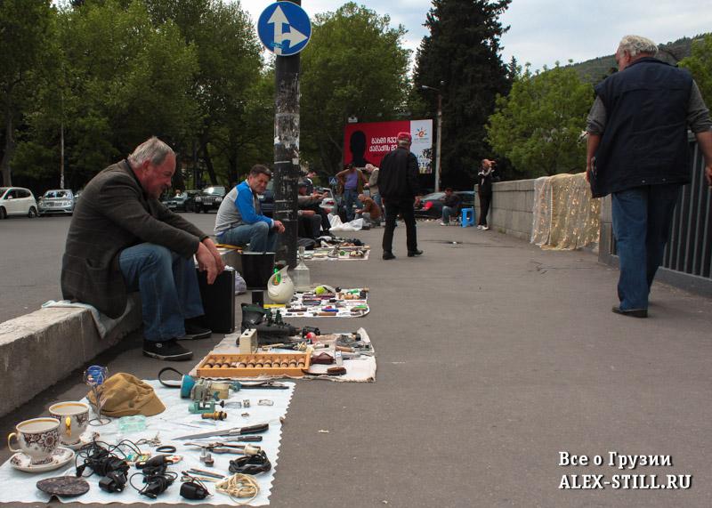 Рынок у Сухого моста в Тбилиси