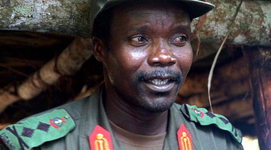 Джозеф Кони Этот угандиец организовал собственную армию, причем набрал ее из детей. Отряды