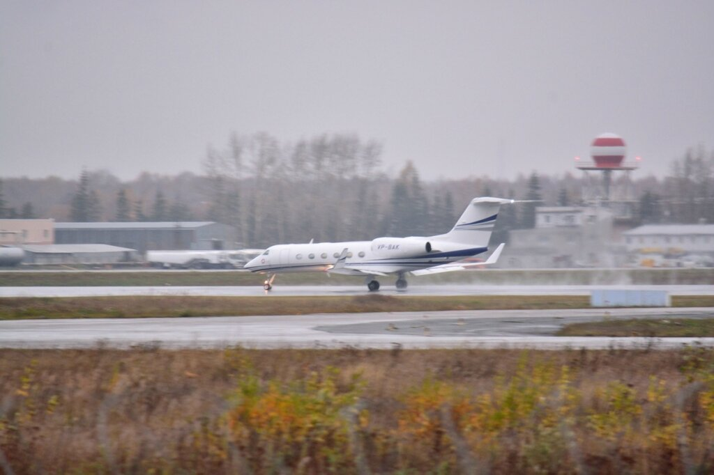 Gulfstream G450, VP-BAK
