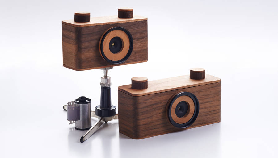 Handcraft Wooden Pinhole Cameras (7 pics)