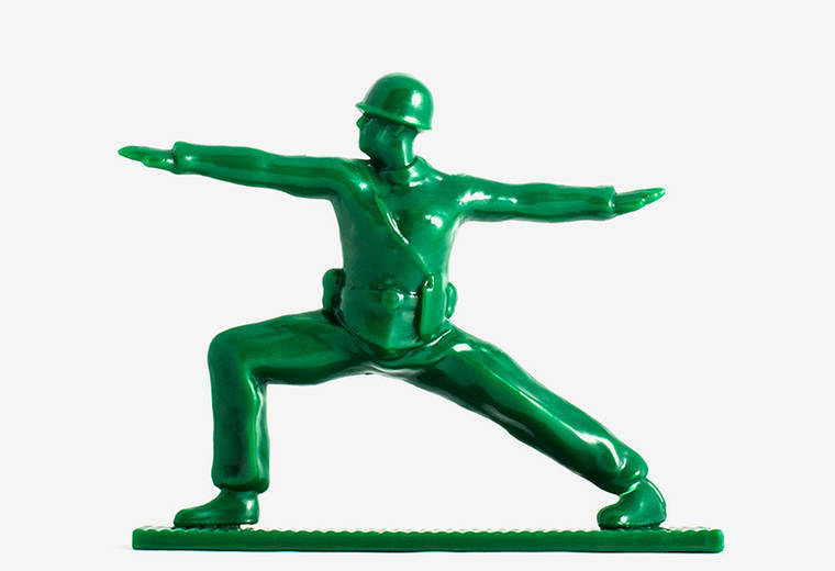 Yoga Joes - When plastic soldiers do Yoga