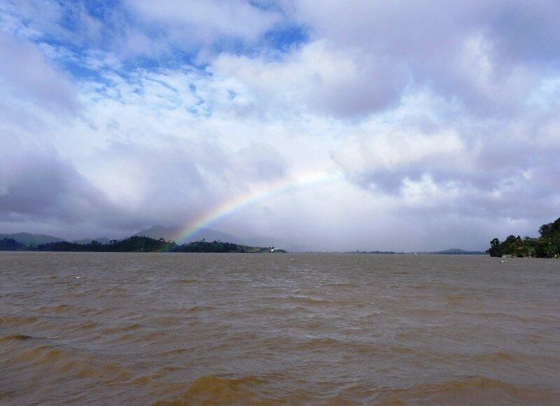 Радуга над озером Лак