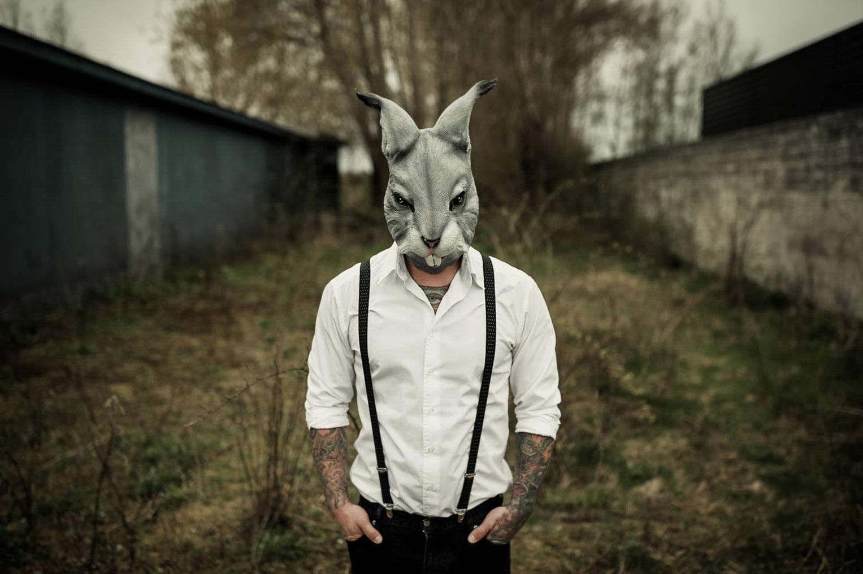 сюрреалистические портреты фотографа Lars V. Andersen - Dark Portraits