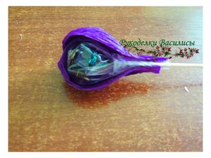 мастер-класс, свит-дизайн, крокусы с конфетами, букет из конфет, букет из крокусов, весенний букет, крокусы из гофрированной бумаги, своими руками, рукоделки василисы