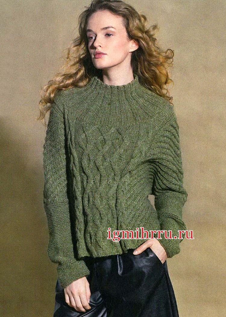 В городском стиле. Пуловер оливкового цвета с миксом узоров. Вязание спицами