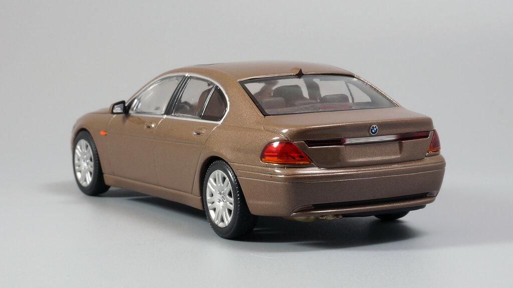 BMW_7er_E65_07.jpg