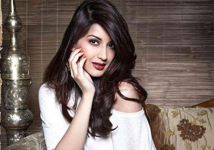 41-летняя известная индийская актриса и фотомодель. Была одним из судей на телешоу «В Индии есть тал
