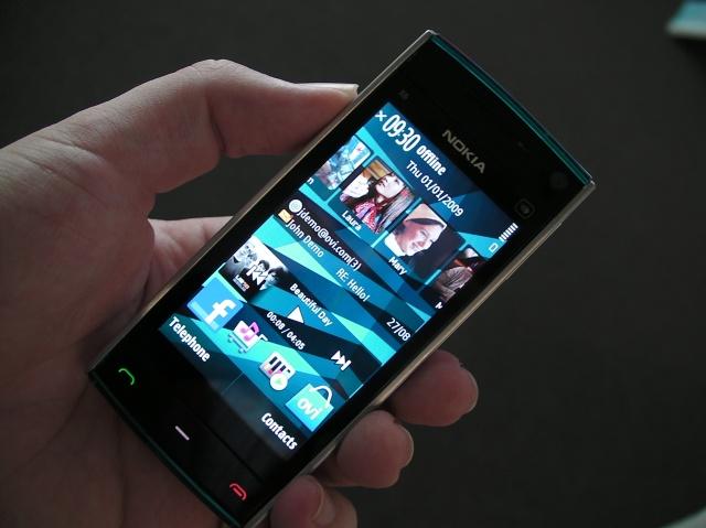 2009 год: X6 стал флагманским смартфоном Nokia для любителей музыки. Смартфон поддерживал доступ в с