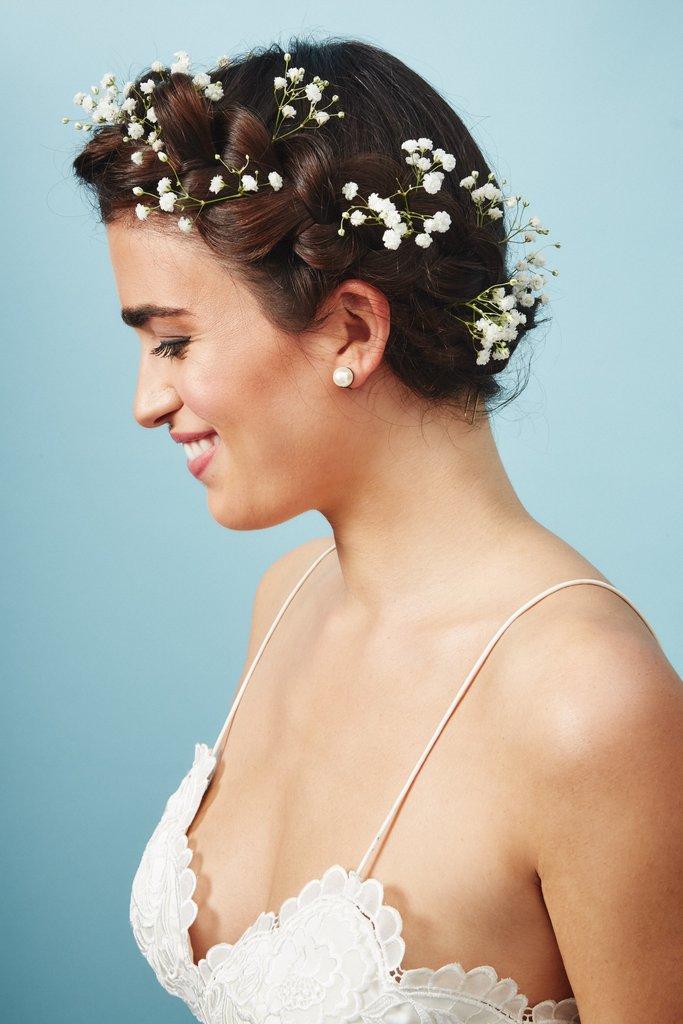 свадебные-прически-с-цветами21.jpg