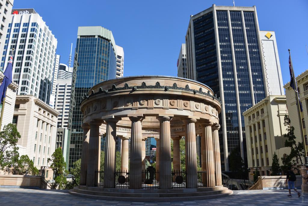 Погружение в исторический центр Брисбена довольно опасно, может понравиться.