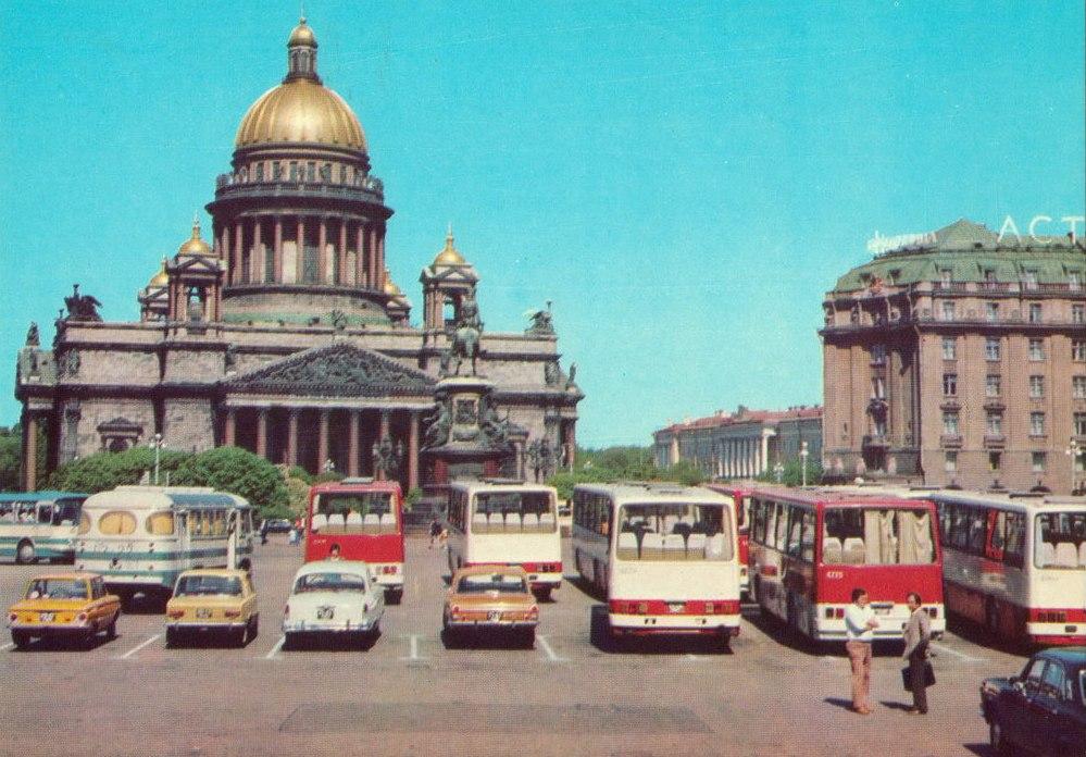 1976-79 Исаакиевская площадь..jpg