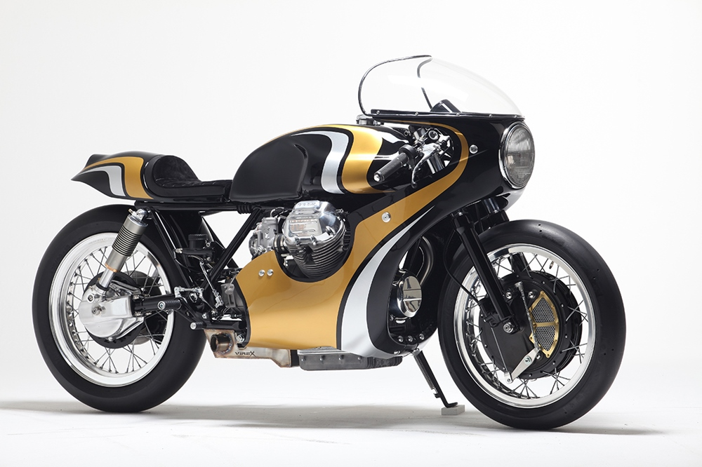 Stile Italiano: кафе рейсер Moto Guzzi CR950