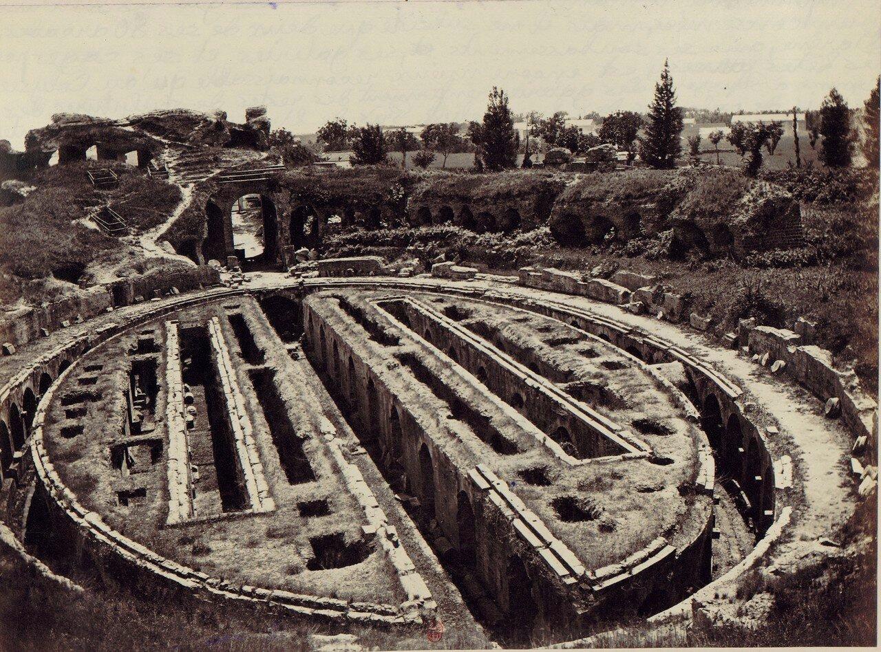 Капуя. Римский амфитеатр