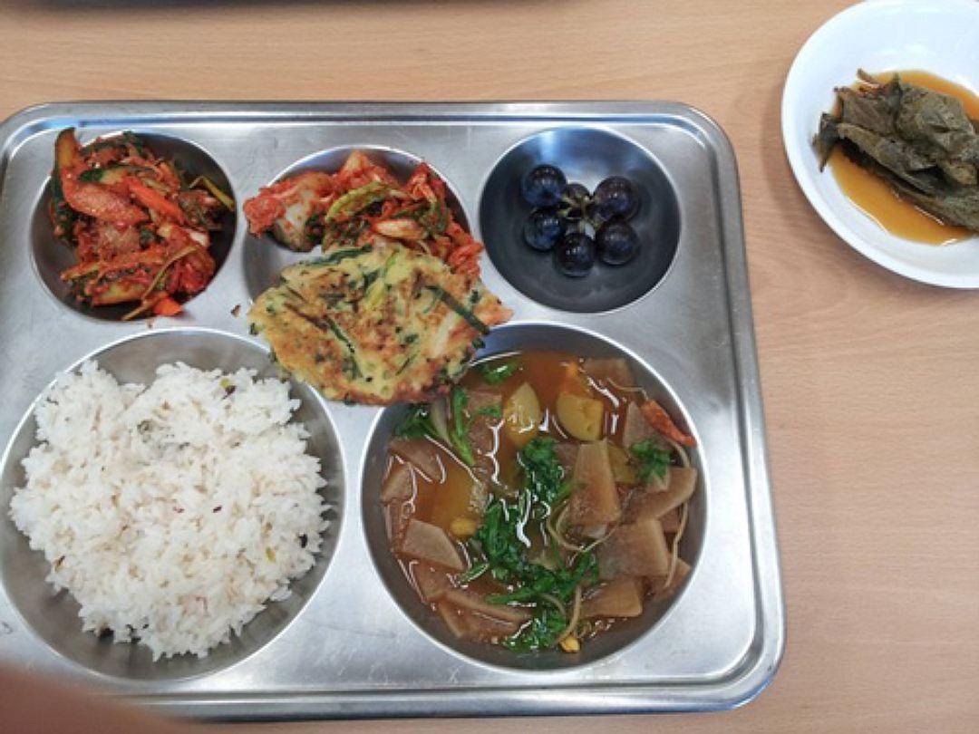 школьный обед корея