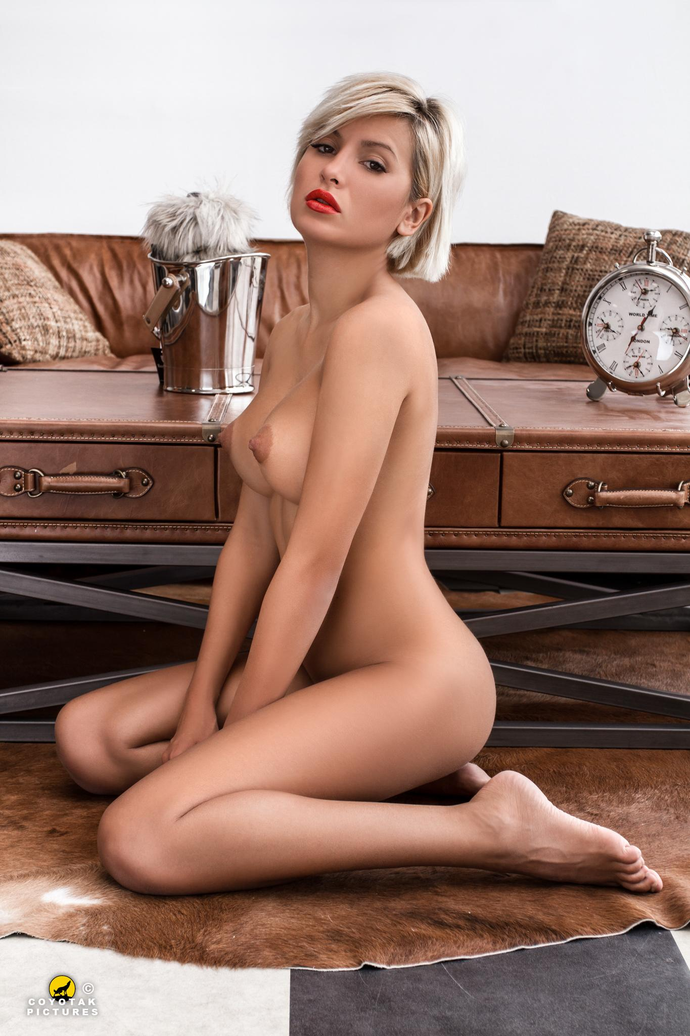 Playboy Playboy Slovakia - Petra Mariia / Coyot Coyotak