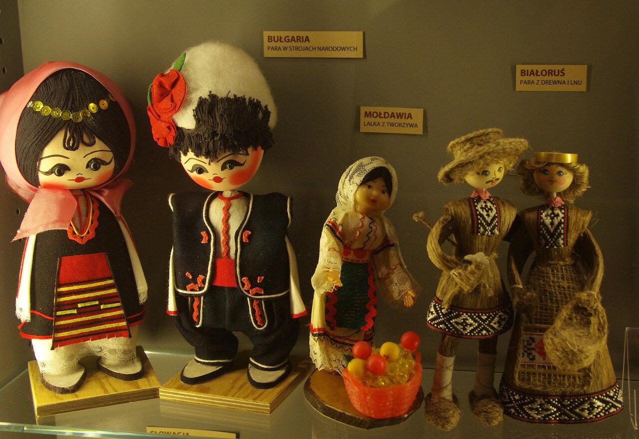 Куклы из Болгарии, Молдавии и Белоруссии