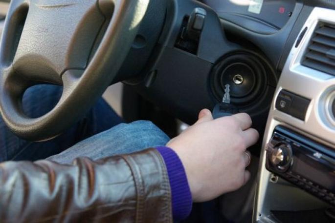 ВКалининграде 17-летний ребенок  угнал старый «Мицубиси», чтобы прокатиться