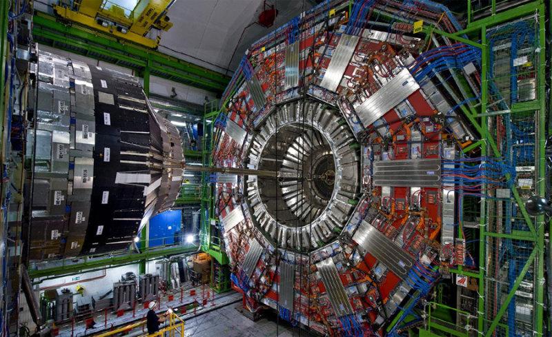 Европейская организация по ядерным исследованиям (ЦЕРН) занимается физикой высоких энергий. Пост