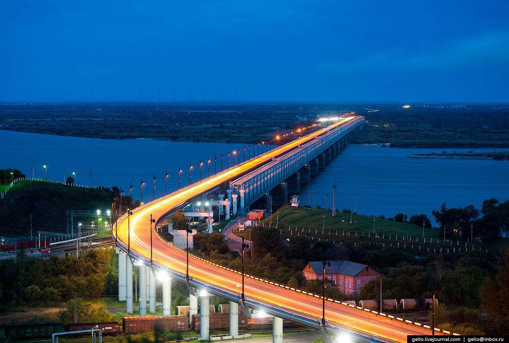 26. Исторический однопутный железнодорожный мост через Амур в Хабаровске был построен в 1913&md