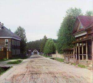 Въезд в предел Леушинского женского монастыря. 1909 год