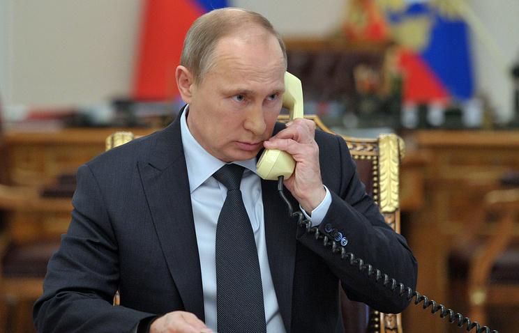 Песков поведал о«красном телефоне»: «Обычная закрытая линия связи»