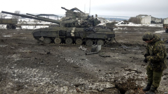 ВСУ 10 раз атаковали позиции ЛНР, утратив около 100 человек,— ДНР