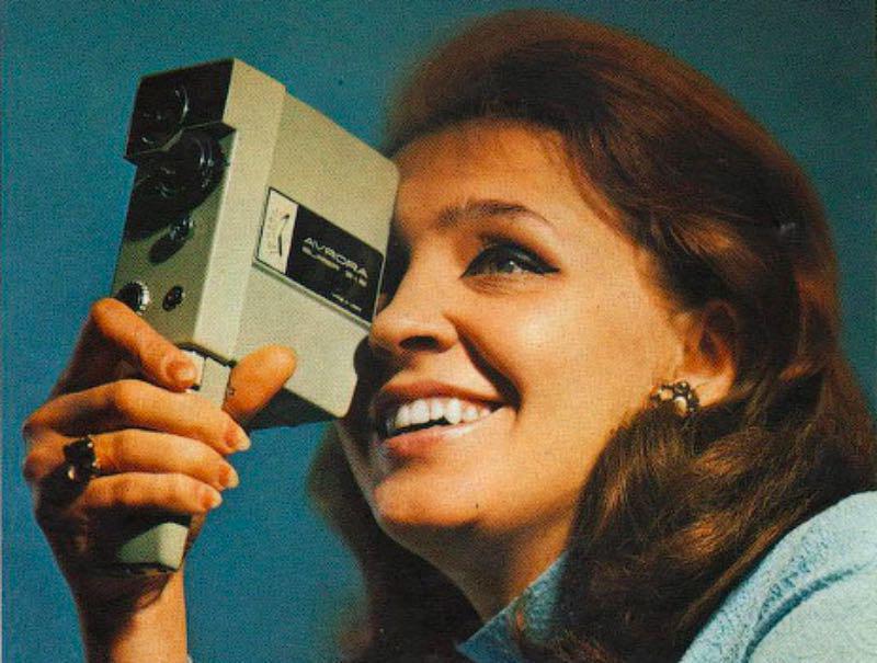 Одна из первых любительских кинокамер — «Аврора», 1980 год
