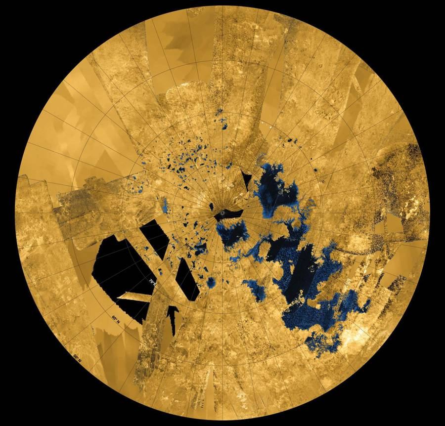 Stunning Pictures of the Mysterious Saturn's Moon Titan