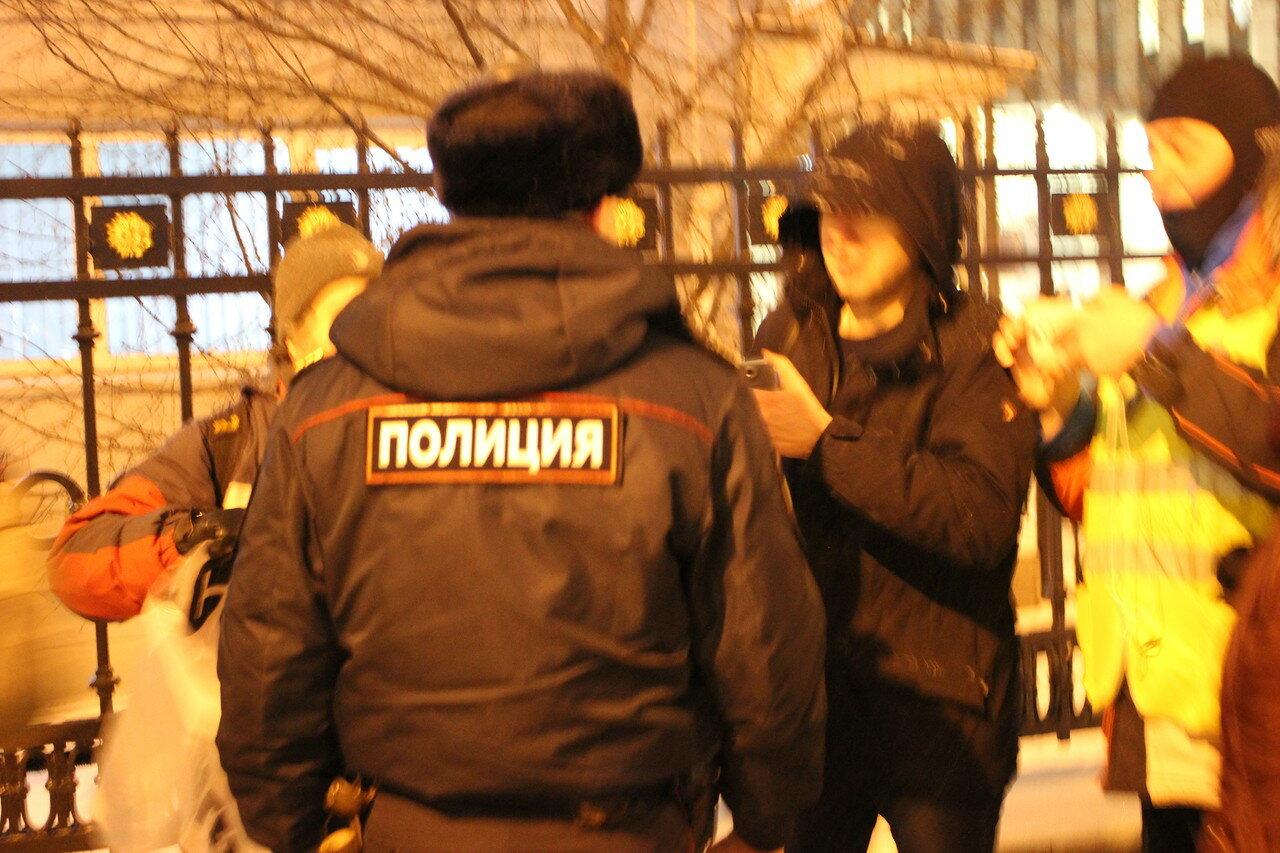 Пикеты в защиту Ильдара Дадина у ФСИН