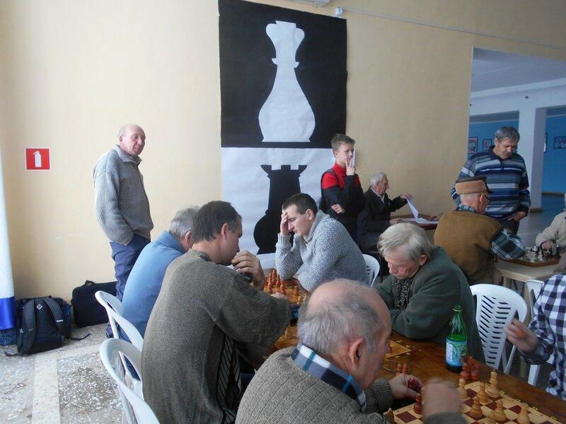 В разгаре ... Шахматный турнир. Выселки. Декабрь 2016