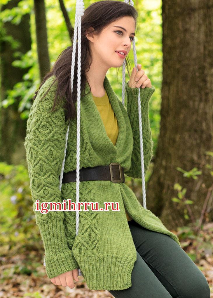 Зеленый шерстяной жакет с выразительным узором из ромбов. Вязание спицами