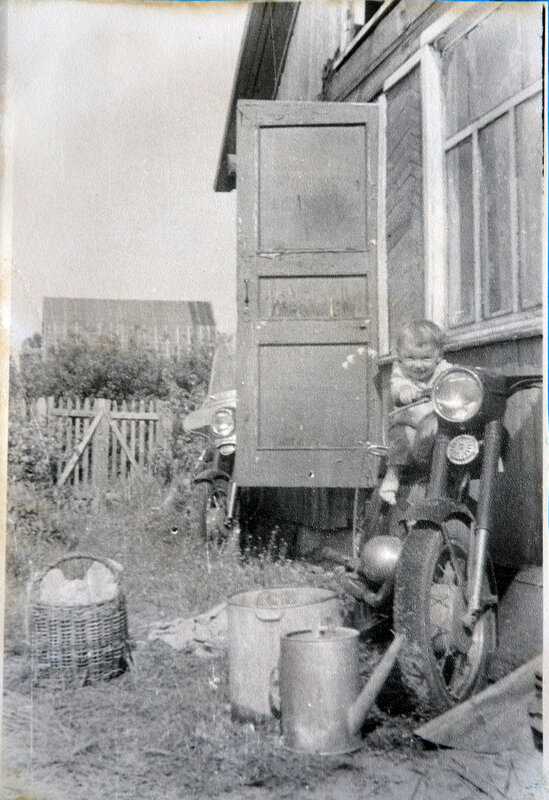 1973 Дача.jpg