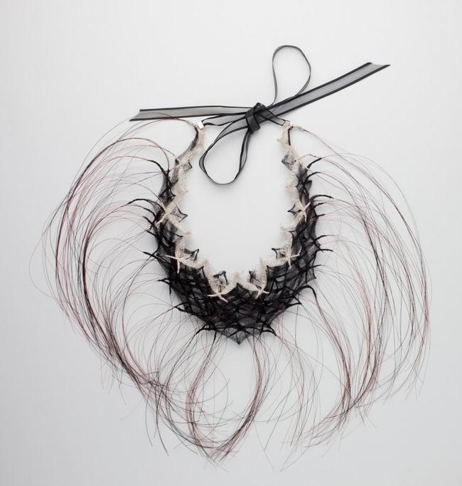 """""""Make lace not war"""" - кружевная экспозиция в Powerhouse Museum, Сидней, Австралия"""