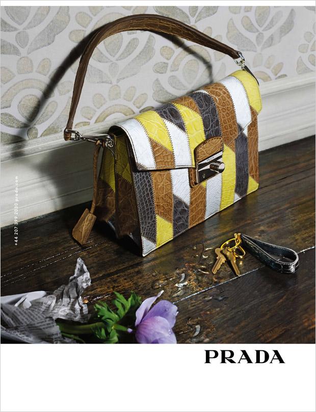 Джемма Уорд (Gemma Ward) в рекламной фотосессии для Prada