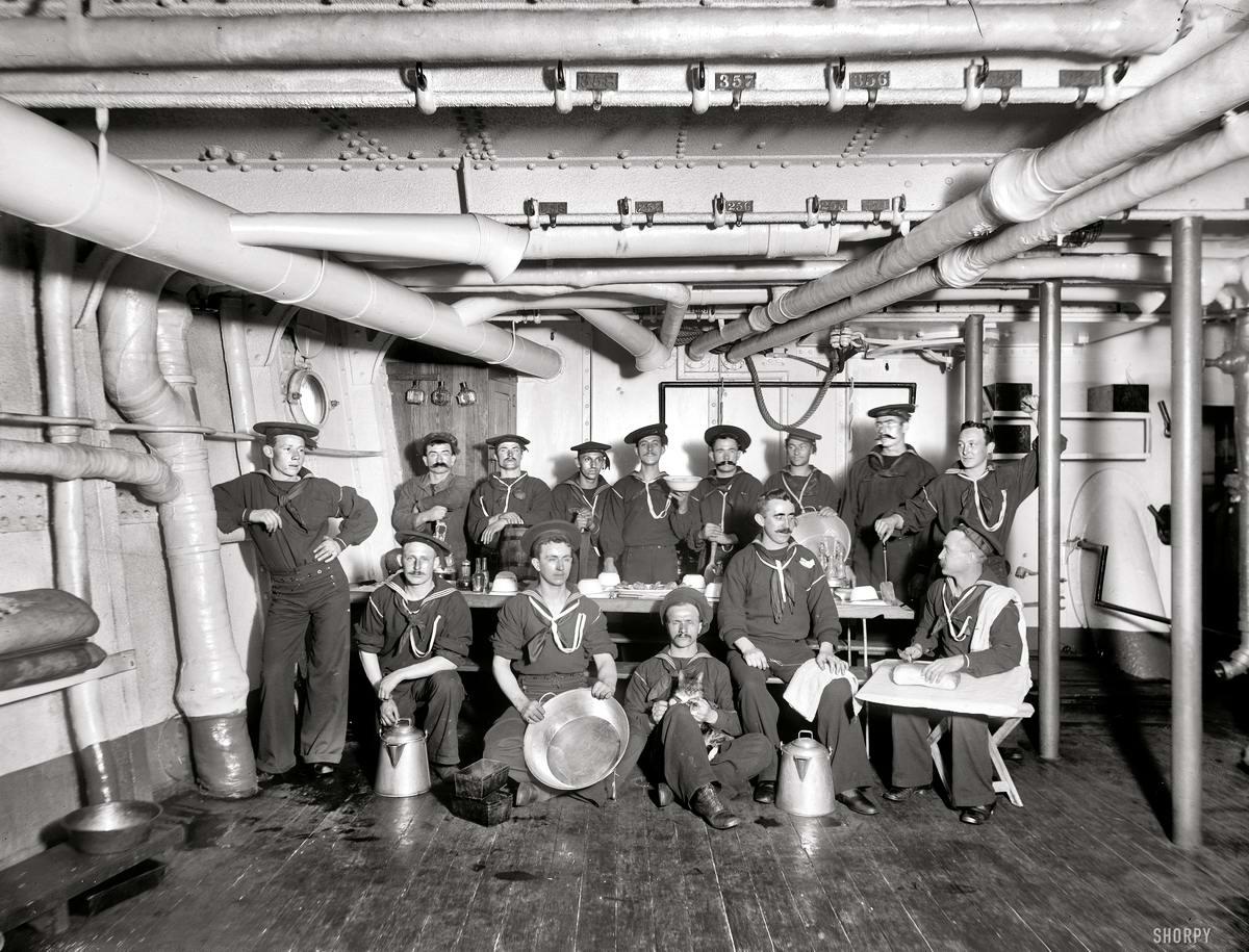 Корабли, речные суда и военные моряки на снимках американских фотографов конца 19 века (14)